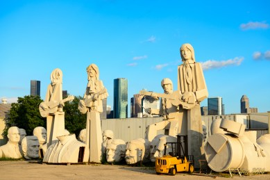 36-Foot-Tall Statues Of The Beatles by David Adickes