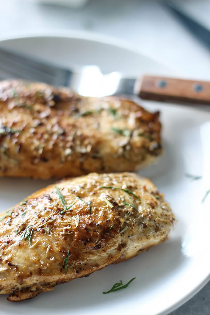 Enjoy herbed ranch chicken with 5 ingredients in 20 minutes. Tender, juicy chicken breasts seasoned in Italian seasoning, garlic and smothered in ranch dressing.
