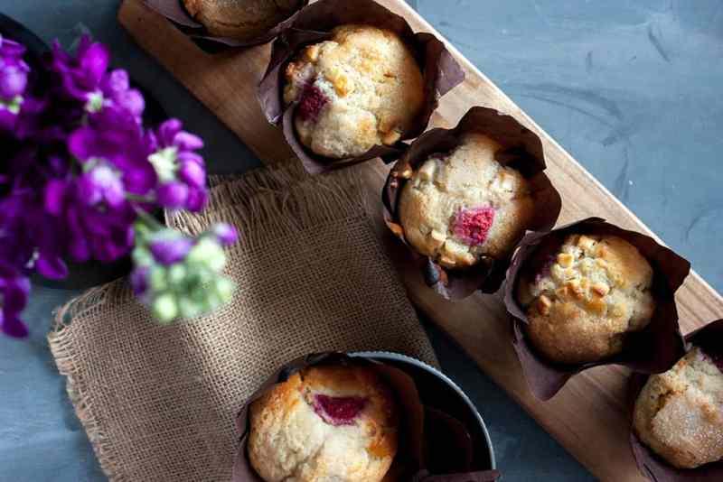 Receta de muffins de frambuesa y chocolate blanco