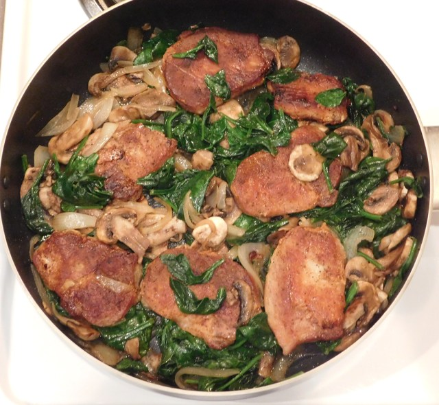 pork loin chops with spinach and mushrooms - instructions-5