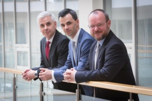 ountancy firm offers new service to assist businesses going international. WENTWORTH, a full service accountancy practice based in Cork, is offering a unique new service to SMEs and corporates, which focuses on supporting international growth, including the setup of operations overseas. The service is being launched with the appointment of two new experts on international expansion and operational support, Cormac Brown and Brendan Lynch, to build on the existing teamÕs success in audit, tax and advisory. Pictured from left to right is Brendan Lynch, Consultant Ð Advisory, Declan Lynch, Managing Director Ð Audit and Advisory and Cormac Brown, Consultant Ð Taxation Pic Darragh Kane. SoftwarePicasa