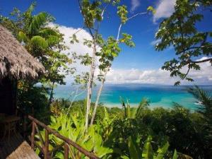 137_View_from_a_Bungalow_400x300
