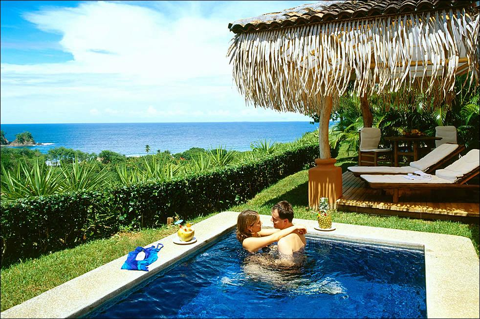 Costa rica one of the top 10 honeymoon destinations for Top 10 honeymoon locations