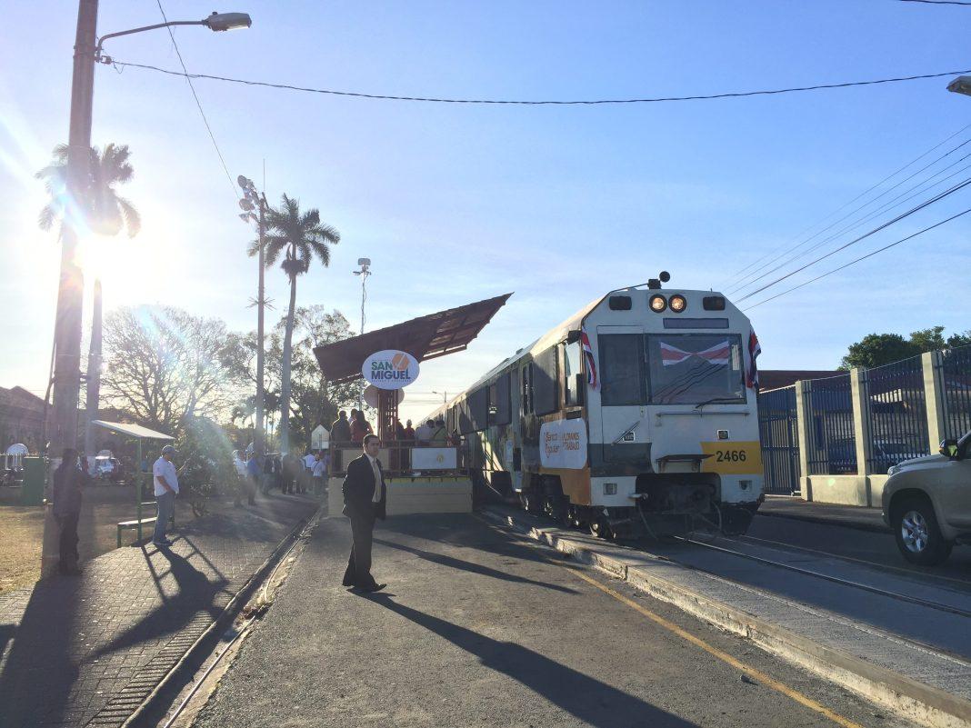 train-costa-rica