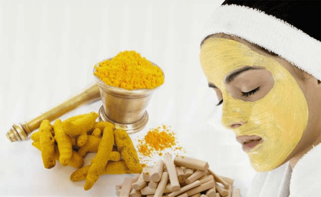 Turmeric facial masks are commonly used to care face skin and prolong youthness.