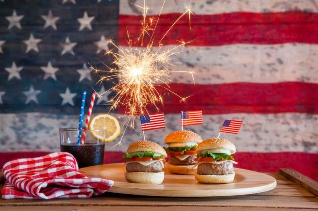 American ways of celebrating the Independence Day