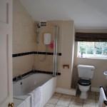 The Mews Main Bathroom