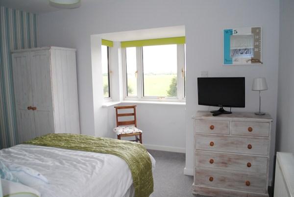Wharf Main Bedroom (2)
