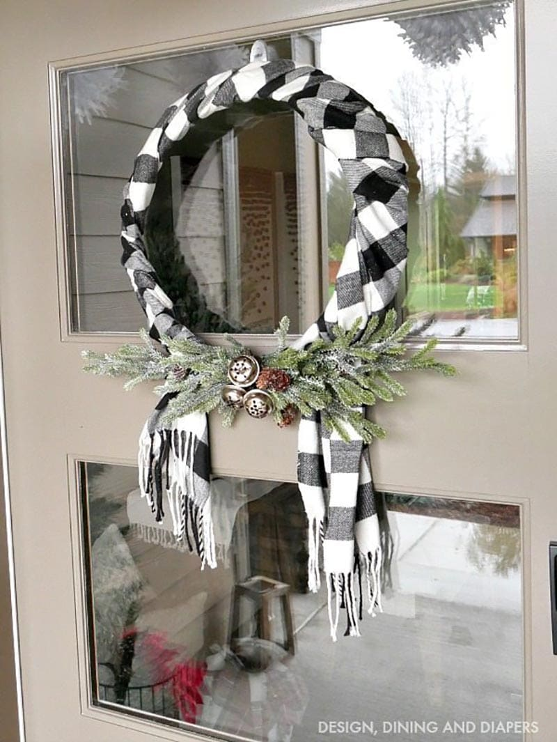 DIY Farmhouse Christmas Wreath 6
