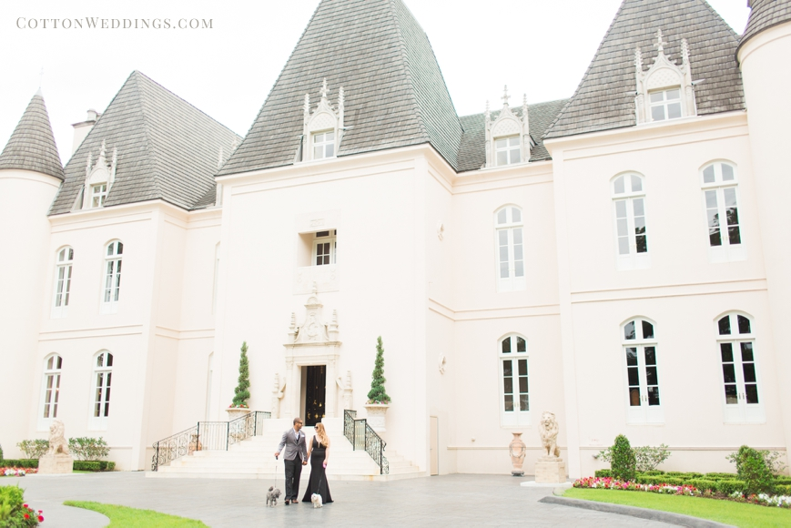 chateau cocomar engagement session with glamorous couple
