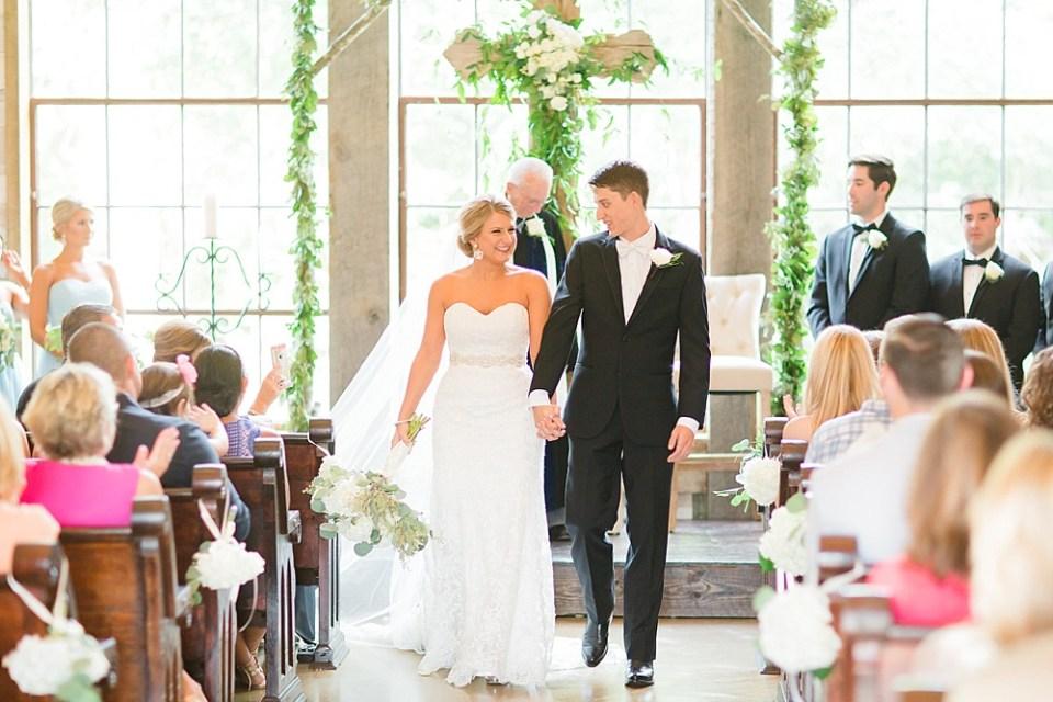 big sky barn wedding ceremony