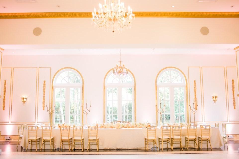 great-gatsby-wedding-chateau-cocomar-200