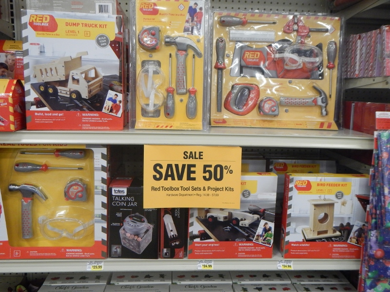 Fred Meyer Unadvertised Deals FREE Snapware Christmas