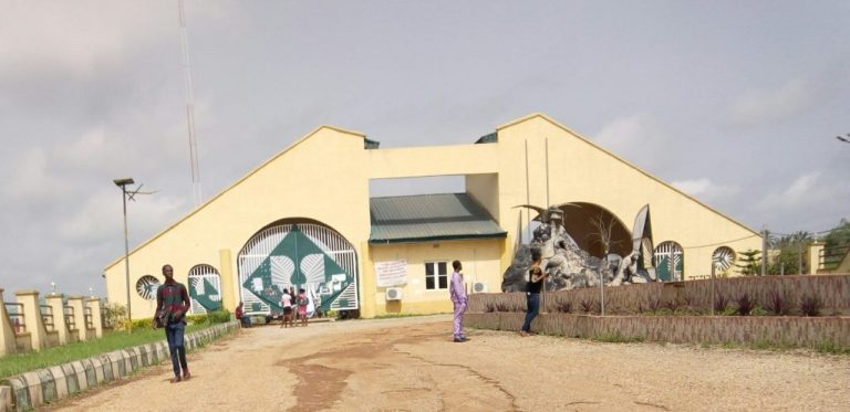 Should fresh Agric and Engineering students resume at Ikole?