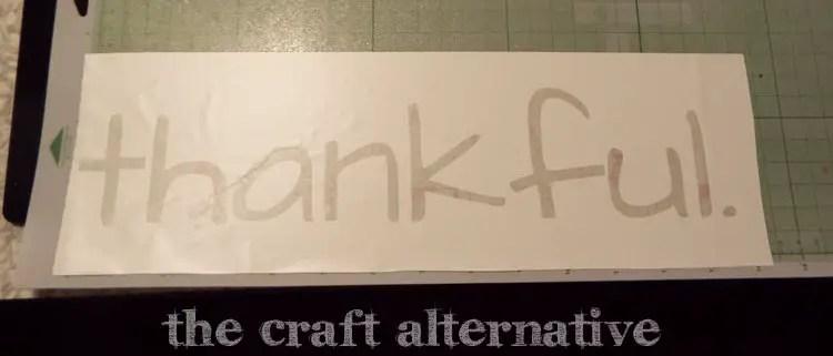 DIY Fall Sign Using a Pallet Board vinyl