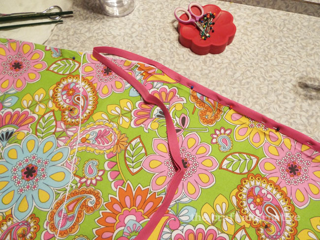 How to Make a Cover for a Travel Ironing Board_Bias & Cord
