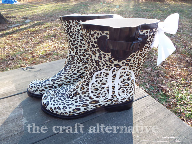How to Add a Monogram and Ribbon to a Pair of Rain Boots_Finished