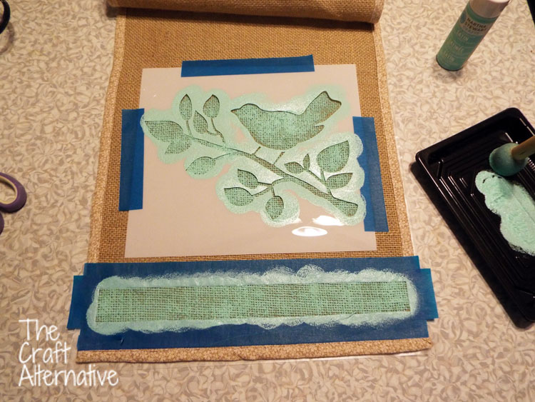Painted Burlap Table Runner_Paint