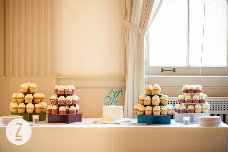 8. DIY Wedding: Monogram Cake Topper (3/5)