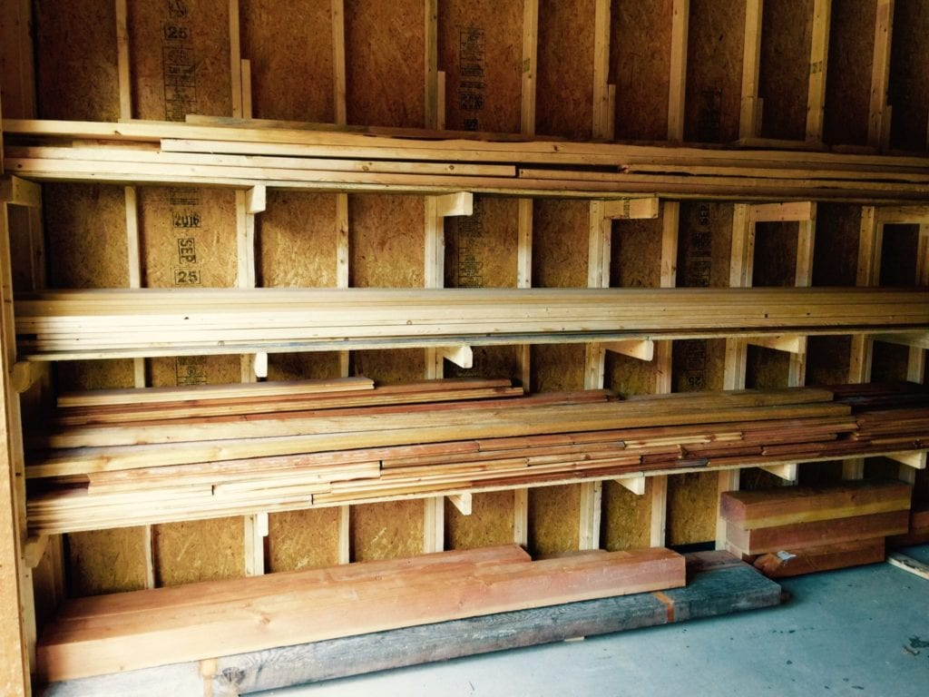 how to build a diy lumber rack the