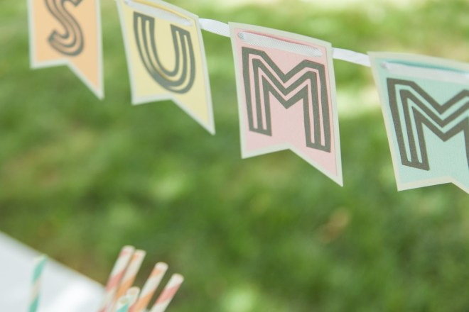 Make Your Own Summer Banner with Cricut