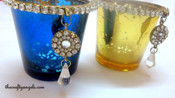 Loved the hanging jewel on the tea lights :)