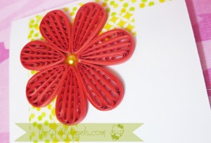 Quilling comb flower tutorial (18)