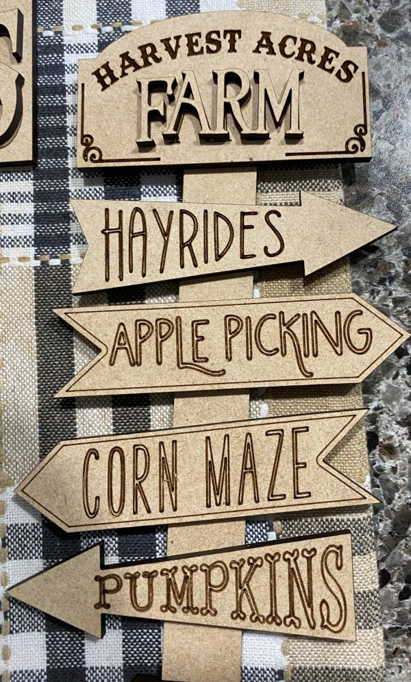 mini wood cutout arrow sign for tiered tray