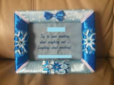 5. Ribbonlicious Handmade Decorations picture frame