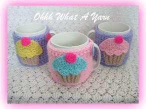 14. Ohhh What a Yarn cupcake mug hugs
