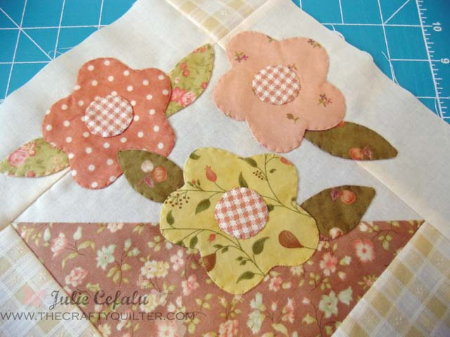 Turned Edge Applique @ The Crafty Quilter