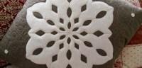 Snowflake Pillow Tutorial