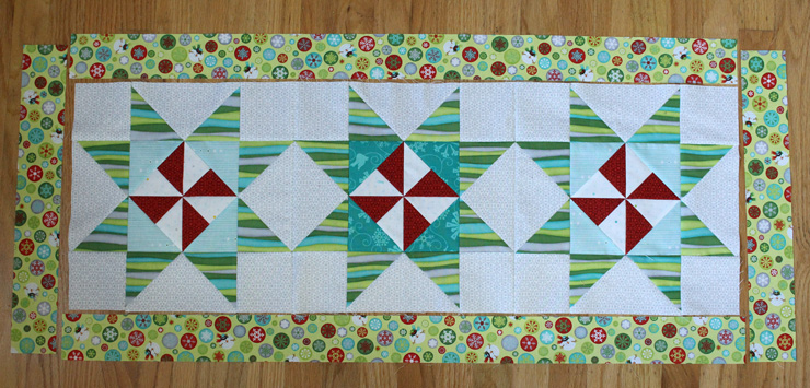 pinwheel table runner center