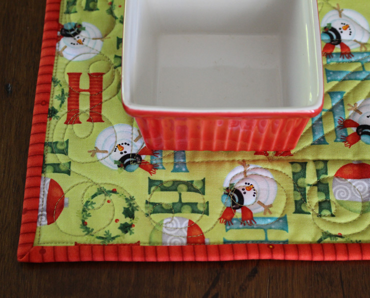 table runner edge with square