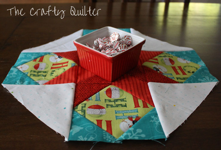 Cookie Plate Crumb Catcher @ The Crafty Quilter