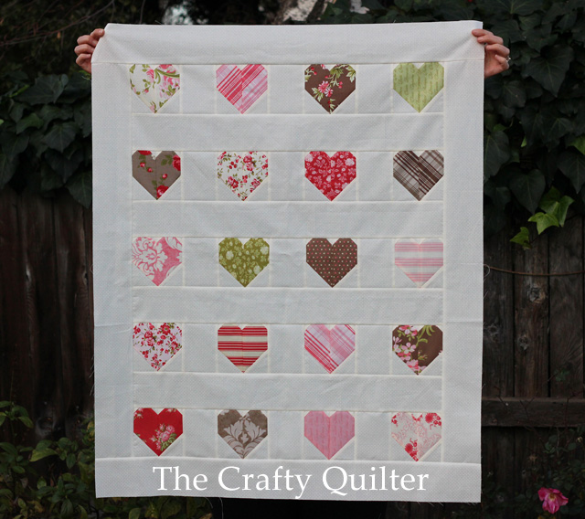 Simple Hearts made by Julie Cefalu @ The Crafty Quilter.  Original pattern and tutorial by Allison @ Cluck Cluck Sew.