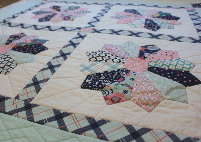 Dresden Plate tutorial - The Crafty Quilter : dresden quilt pattern - Adamdwight.com