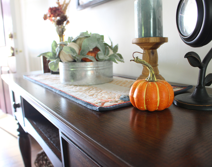 Fall Decorating @ The Crafty Quilter