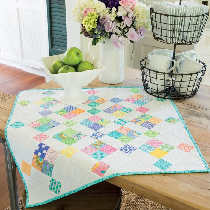 Four-Patch Chain by Barbara Groves & Mary Jacobson for Mini Charm Quilts