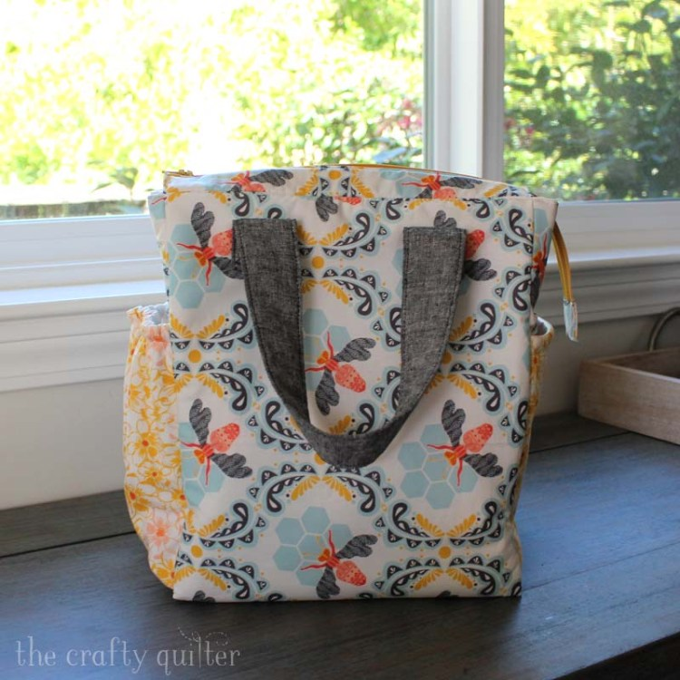 Insulated Lunch Bag made by Julie Cefalu @ The Crafty Quilter.  Pattern by Design Blanche.