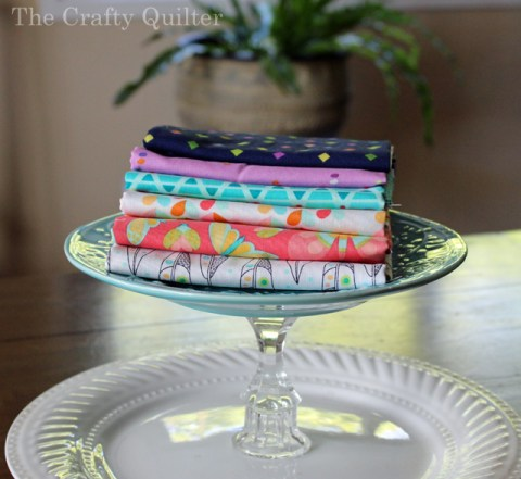 List of fabric manufacturer's free project pages (with links), compiled by Julie Cefalu @ The Crafty Quilter