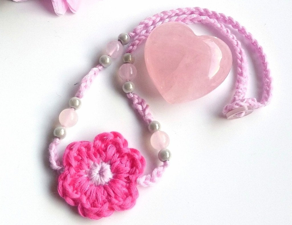 crochet necklace pattern pink flower