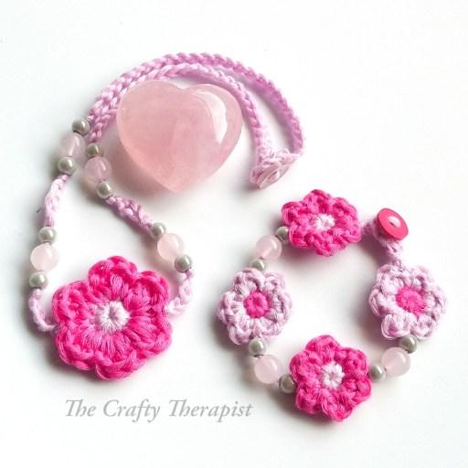 crochet necklace pattern and matching bracelet
