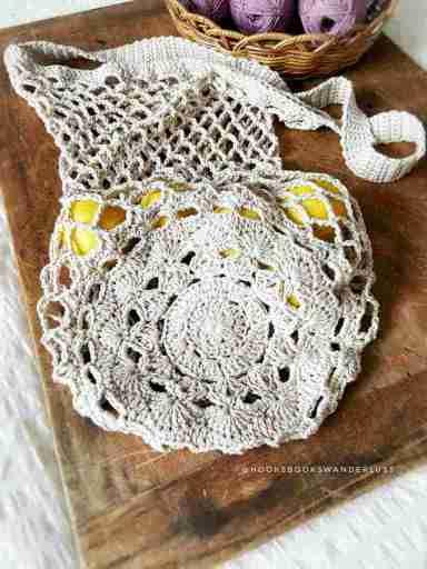 Mandala base market bag crochet gift idea