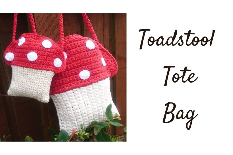Toadstool crochet bag pattern in 2 small and large