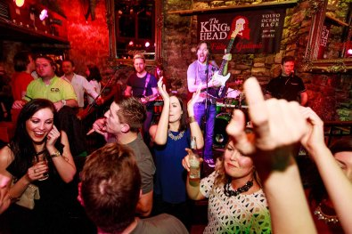 Pictured having The CRAIC in The KINGs Head, Saturday 5th March 2016. The Kings Head pub has earned a fantastic reputation for live music and comedy, good honest hearty food and great craic over three floors. https://www.facebook.com/media/set/?set=a.814696845331998.1073743019.303888016412886&type=3&uploaded=45