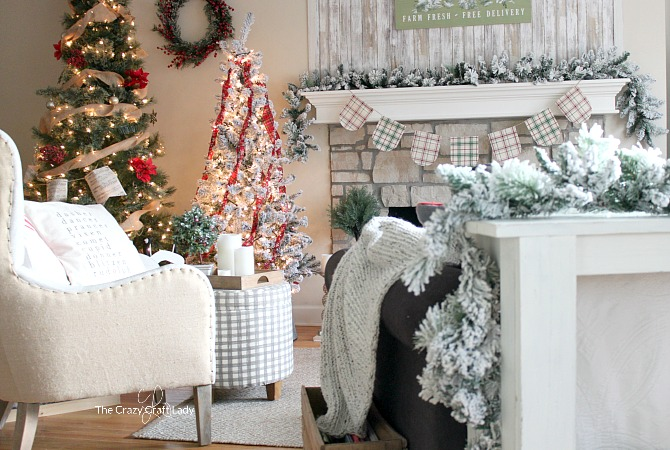 Simple Classic Christmas Decorating