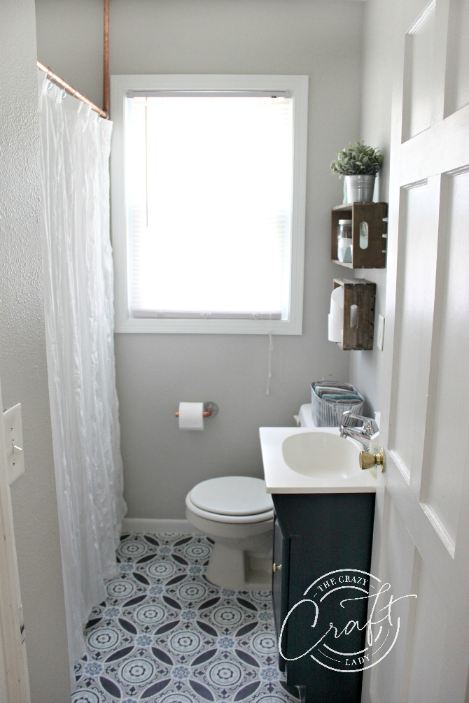 Under $200: a Small Bathroom Makeover in just ONE Weekend ... on Small Space Small Bathroom Ideas On A Budget id=69955