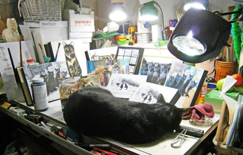 black caton art table