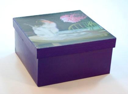 maiche keepsake box with cat